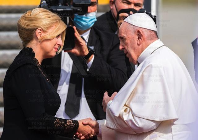 Zuzana Caputova papez Frantisek